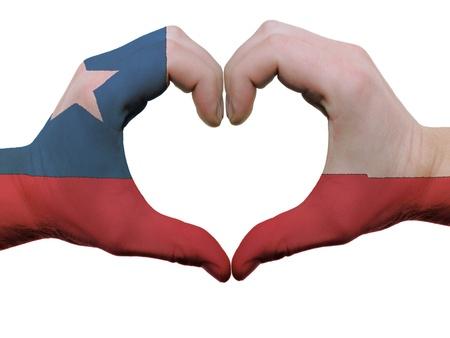 bandera de chile: Gesto de las manos de color bandera de Chile que muestran el s�mbolo del coraz�n y el amor, aislados en fondo blanco Foto de archivo
