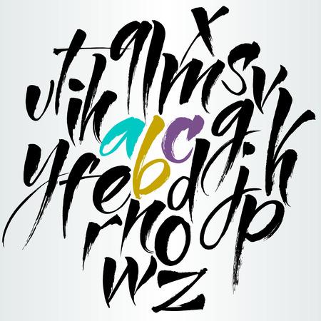 abecedario: Las letras del alfabeto: minúsculas. La escritura expresiva. El alfabeto del. Dibujado a mano las letras. Las letras del alfabeto escrito con un pincel chino Vectores