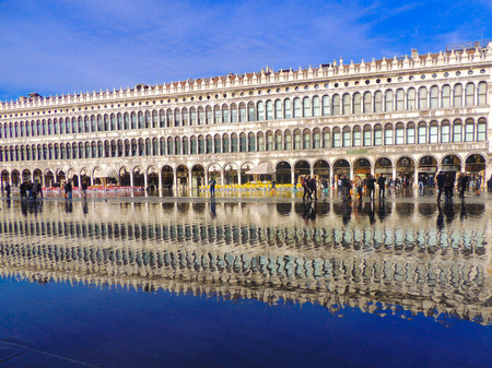 st  mark's square: Flooded St. Marks Square Editorial