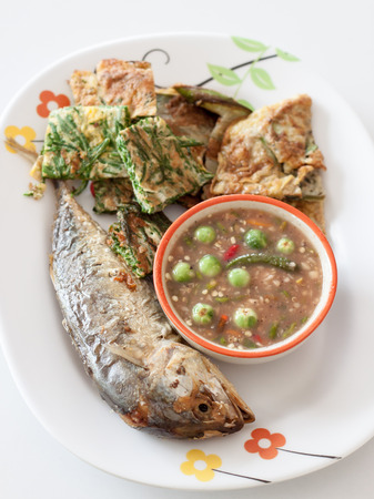 paste: Fried fish with chili paste