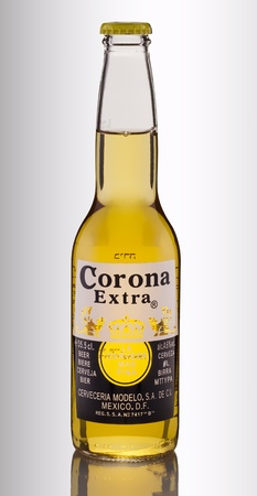 the corona: Corona Extra Beer the leading export brand from Mexico