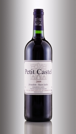 petit: Wine Petit Castel 2009