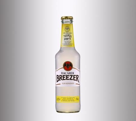 bacardi: Bacardi Breezer Lemon Alcopop