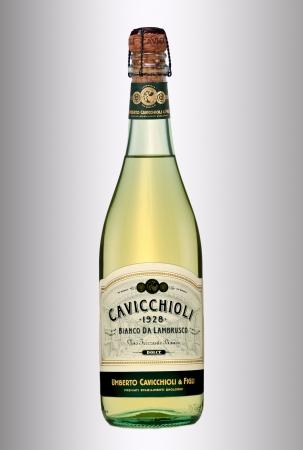 lambrusco: Cavicchioli Bianco da Lambrusco Dolce Editorial