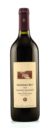 cabernet sauvignon: Rishon Le Zion, Israel - August 27, 2015: One bottle of dry red wine Domingo Rey cabernet sauvignon 1998 alc.12, 750ml. Produced in Maule Valley, Chile by Vicar S.A.