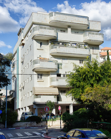 residential building: Rishon LeZion, Israel - January 12, 2016: White 5-story residential building with fallen down tiles Editorial
