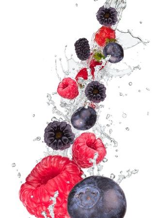Vers fruit in water splash