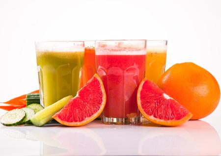 sappen: Vers fruit, groenten en sap