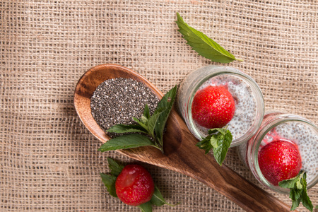soja: Chia seed pudding with strawberry and fresh fruits with nature background