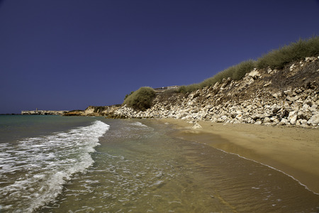 the deep south: Tip of the Ants with its beach is one of the greatest places in the Deep South of Sicily, and almost impossible to find unreachable by land, they lost in greenhouses cherry tomatoes and melons, is a favorite destination for fishermen and boats that reach