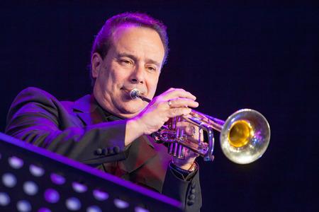 kaunas: KAUNAS, LITHUANIA - APRIL 24, 2015: American jazz musician Gary Guthman performs at the stage of Kaunas Jazz festival as a member of Wlodek Pawlik Project. Editorial