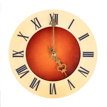 numeros romanos: Cara de reloj con n�meros romanos que muestran cinco aislados sobre fondo blanco