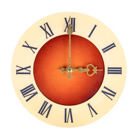 numeros romanos: Cara de reloj con n�meros romanos que muestran tres aislados sobre fondo blanco