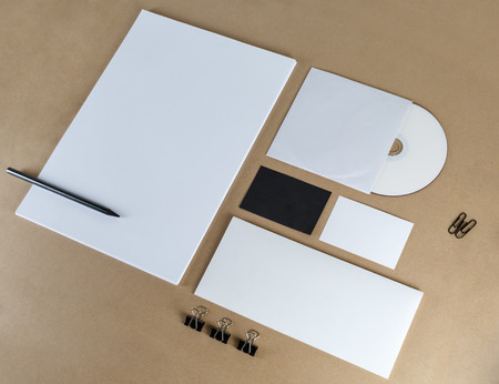 브랜드 정체성 모형. 빈 편지지를 설정합니다. 스톡 콘텐츠