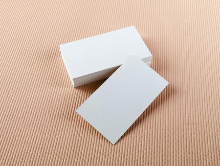 색상 배경에 빈 비즈니스 카드입니다. 브랜드의 정체성에 대한 모의입니다. 스톡 콘텐츠