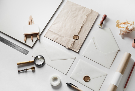 Set of blank vintage stationery elements on paper background. Branding template for placing your design. Mock-up for your design. Banque d'images