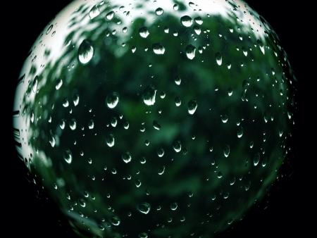 Regen druppel op raam Stockfoto