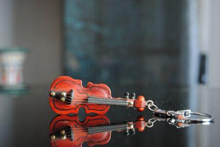 Miniatures Stradivarius violin keychain