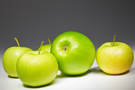 Several fresh green apples isolated on white Stock Photo - 9281335