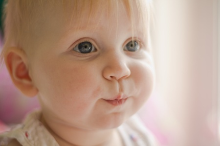 nose close up: Portret of little funny  girl
