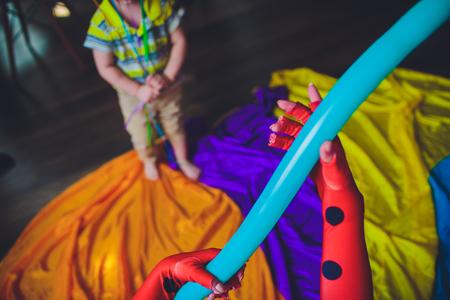 animator for children inflates long balls make them balls swords