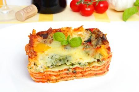 calabacin: lasa�a vegetariana con verduras frescas