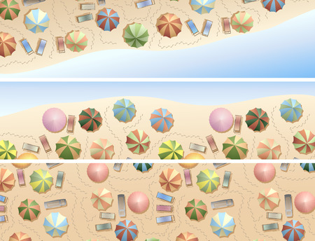 plage: Set of horizontal banners of top view of many umbrellas and deck chair (sunbed), footprints on beach.