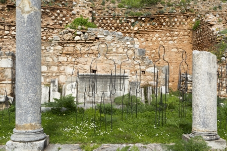 delfi: The Temple of Apollo in Delphi Greece