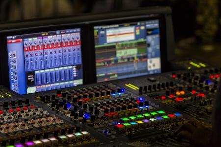 Une console de mixage ou un mélangeur audio, DOF peu profond Banque d'images