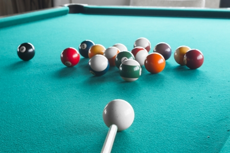 Billiard balls on table. Banque d'images