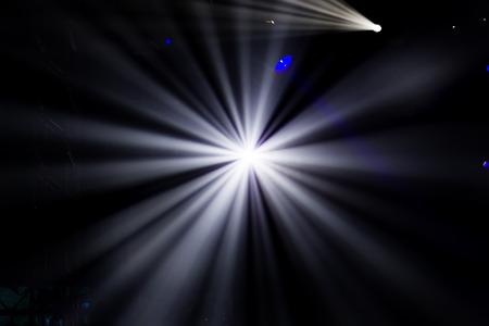 de focus: Defocused entertainment concert lighting on stage, bokeh.