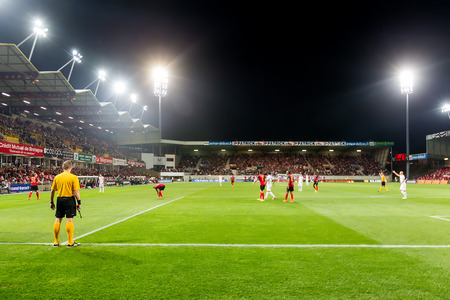 europa: GUINGAMP, FRANCE - OCT 1, 2014 : Wide view of the game during the UEFA Europa League match EA Guingamp vs Paok.