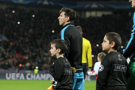 messi: Leverkusen, Germany- December 9, 2015: Lionel Messi  before the beginning the UEFA Champions League game between Bayer 04 Leverkusen vs Barcelona at BayArena stadium