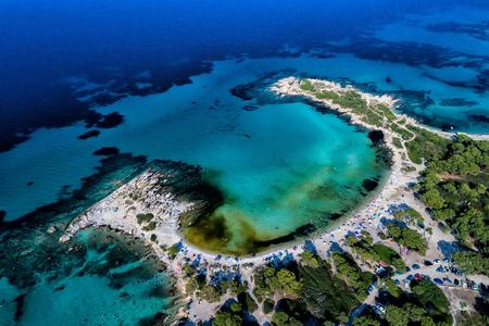ハルキディキ、ギリシャのブアブロウで美しい Karidi ビーチの眺め.バルカン半島とヨーロッパからの観光客の数百夏を毎日訪問します。