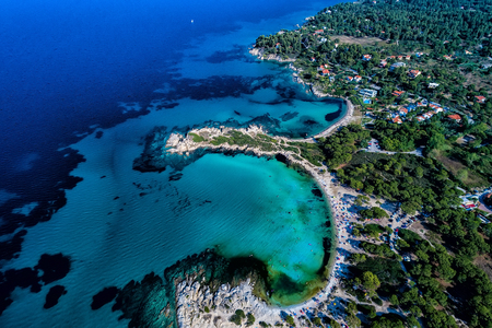 Aerial view of the beautiful Karidi beach in the Vourvourou of Chalkidiki,Greece. Visit the summer hundreds of tourists daily from the Balkans and from Europe Standard-Bild
