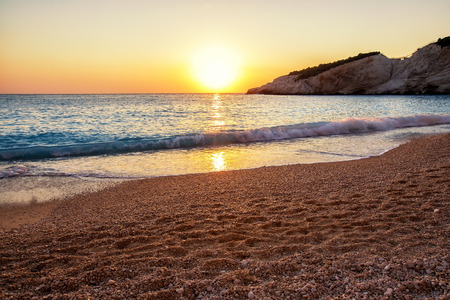 Beautiful sunset background in the sea at Porto Katsiki Beach in Lefkada Island, Greece Banque d'images