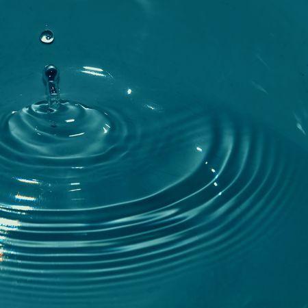 rebounding: Water Drop Stock Photo