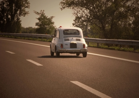 60's: Dolce Vita (NO brand,names,plate visible. Old looking light and colors)