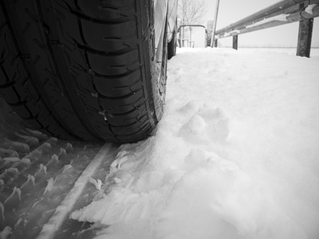 Tire and trace in the snow photo