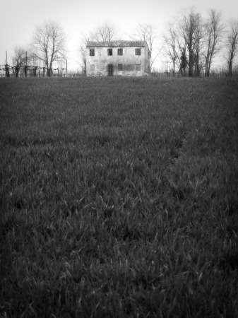 Rural landscape with abandoned house Stock Photo - 16346955
