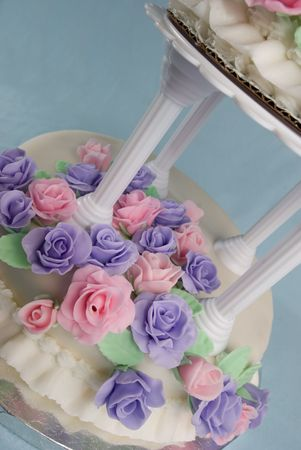 fondant fancy: Fondant Wedding Cake
