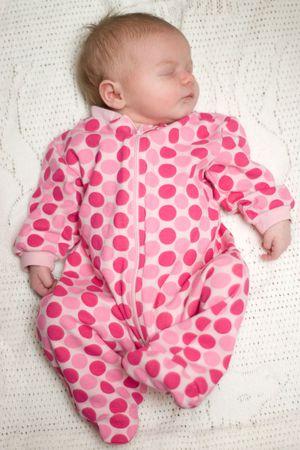 bassinet: Newborn Comfortable in Bassinet