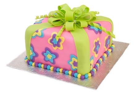 Kleurrijke pakket Cake geïsoleerd op wit Stockfoto