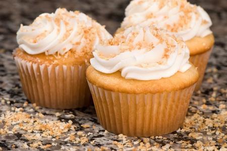 Coconut Cupcakes 版權商用圖片