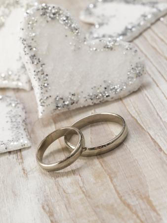 anillos de boda: arreglo boda Foto de archivo