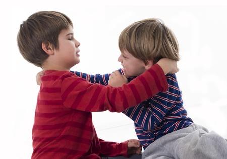 enfant fach�: fr�res de combat