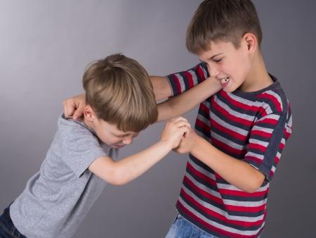 兄弟間の戦い