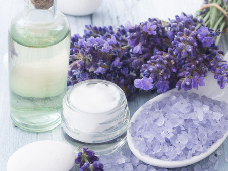 spa lavender arrangement Zdjęcie Seryjne - 43702486