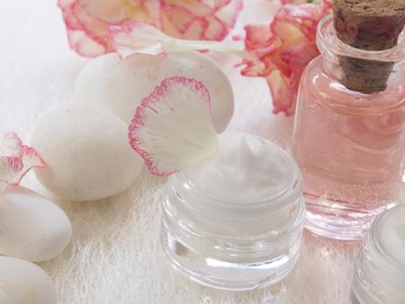 natural facial cream, fresh as flowers Zdjęcie Seryjne