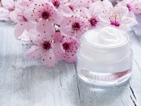 facial cream fresh as spring flowers
